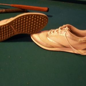Adidas golf shoes size 7.5 women